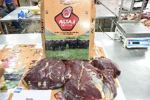 Indian Boneless Halal Buffalo Meat