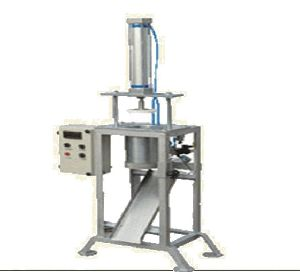 Commercial Semi Automatic Peda Cutting Machine