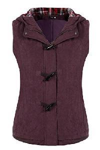 Stylish Sleeveless Quilted Jacket