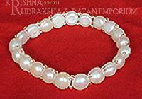 Single Line Pearl Bracelets