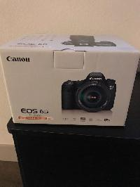 New Canon EOS 6D DSLR Camera with 24-105mm f/4L IS Lens