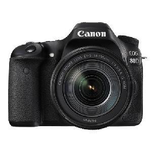18-135mm EF-S f 3-5 IS USM Lens Canon EOS 80D Digital SLR Camera