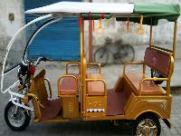 Plaudit E Rickshaw
