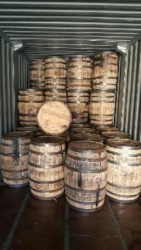 200 LITER OAK WHISKEY BARRELS