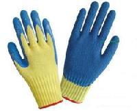 Polytril Cut Resistant Gloves