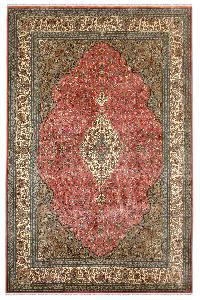 Gulab Medallion Kashan carpet