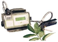 Field Portable Pulse Modulated Chlorophyll Fluorometer