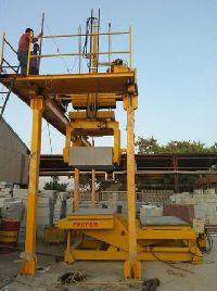 Aac Block Repairing Service