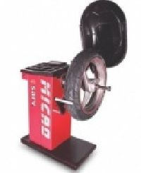 Micro Wheel Balancing Machine