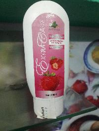 Extra Care Daily Face Wash