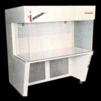 Vertical Flow Workstation