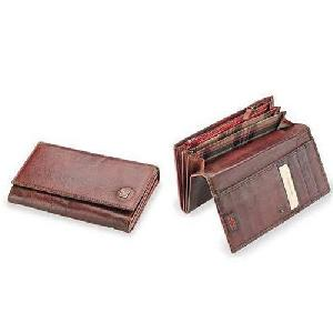 Ladies Trendy Leather Wallet