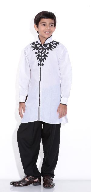 Boys Embroidered Kurta Pajama