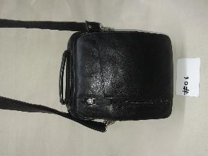 Gents leather side bag