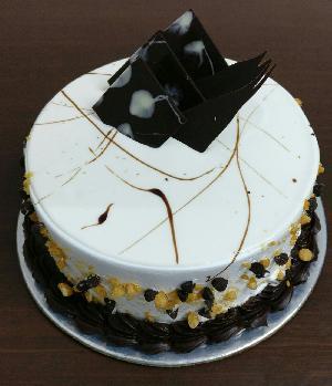 Marble Crunch Cake