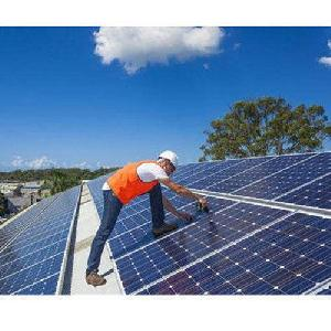 Solar Power Plant Maintenance Services