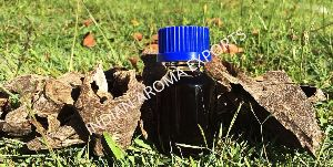 Natural Agarwood Essential Oil