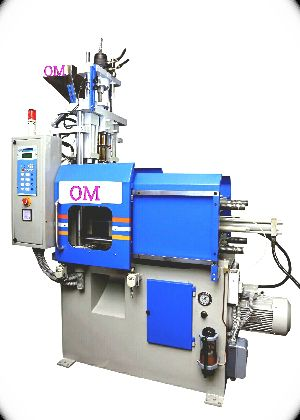 Toggle Clamp Vertical Injection Molding Machine