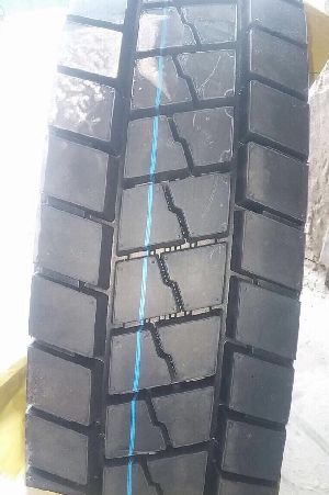 81 Yellowsea Brand Truck Tyre
