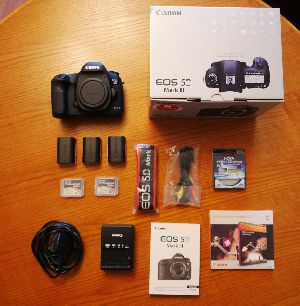 Canon Eos Digital Slr Camera