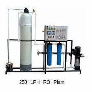 FRP 250 LPH RO Water Treatment Plant