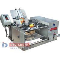 Semi Automatic Wet Glue Labeling Machine DSL