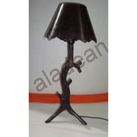 Wooden Turning Desk Lamp Shade