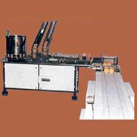 Biscuit Cream Sandwiching Machine