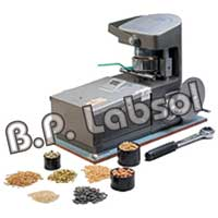 Digital Moisture Meter (BPL-151)