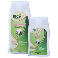 Rich Herbal Shampoo
