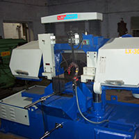 Semiautomatic Hydraulic Horizontal Metal Cutting Bandsaw Machine