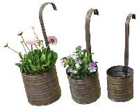 metal planter pots