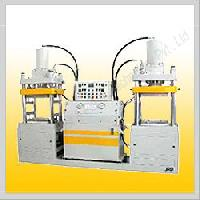 Double Station Compression Molding Machine