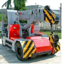 Valla Compact Lifting Equipments