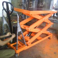 scisssor lift table
