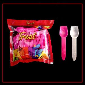 Treat Plastic Spoon