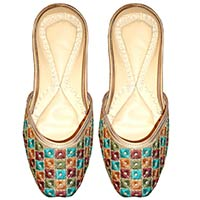 Traditional Shoes, Designer Shoes