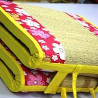 Kora(Grass) Mat with Foam Bed