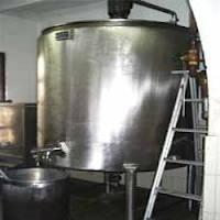 Dairy Milk Tanks