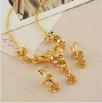 Women Gold Jewelry