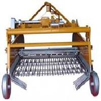 Sifting Potato Harvester Machine