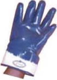 Nitrile Dip Hand Gloves
