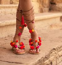 High Quality Woman Gypsy Boho Colorful Pompom Sandals