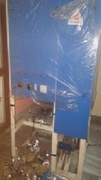 Semi Automatic Single Die Dona Making Machine