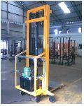 Electro Hydraulic Stacker